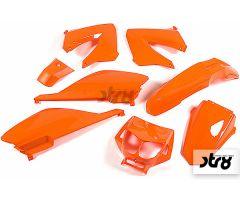 Kit carénages STR8 8 pièces Orange Derbi Senda de 2000 à 2008